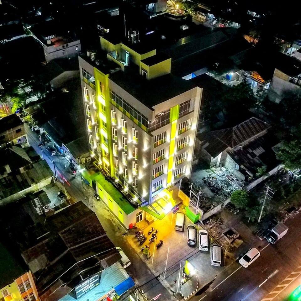 Biz Boulevard Hotel Manado, Manado