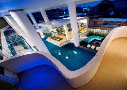 Blue Sky Hotel Petamburan Teras