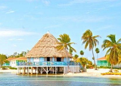 Blackbird Caye Resort