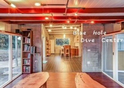 Blue Hole Dive Center