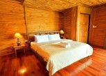 Pesan Kamar Teak di Blues River Resort Chanthaburi