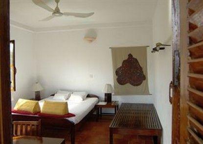 Borann L\'Auberge Des Temples Hotel