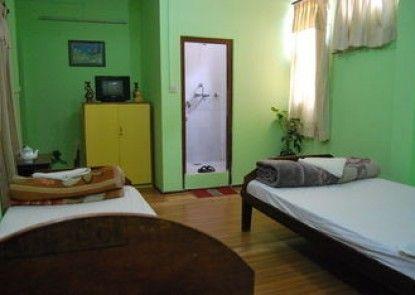 Bouddha Inn Retreat Center