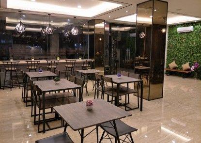 Box Hotel Surabaya Kafe