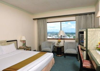 BP Grand Tower Hotel
