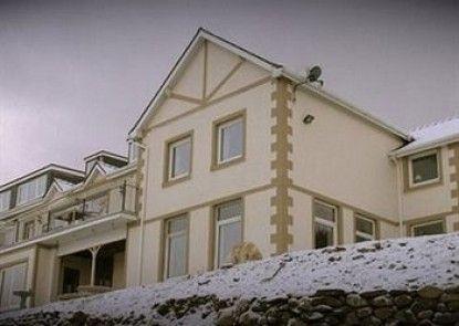 Brackenhurst House - B&B