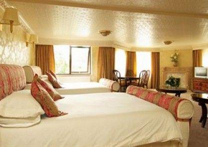 Bredbury Hall Hotel & Country Club