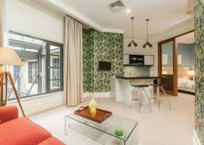 Bright and Breezy One Bedroom Apartment
