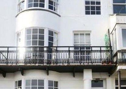 Brighton Getaways-Channel View