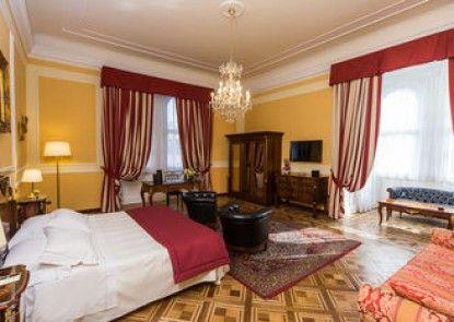 Bristol Palace Hotel