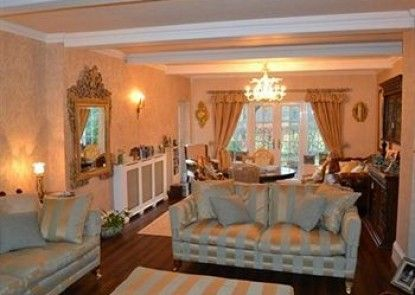 Brook House Bed and Breakfast
