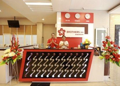 Brothers Inn Babarsari Penerima Tamu