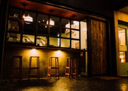 Bubbling Bunny Café - Hostel