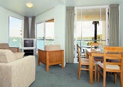 Bucklands Beach Waterfront Motel