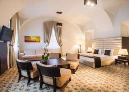Buda Castle Fashion Hotel