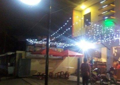 Budi House & Food Station
