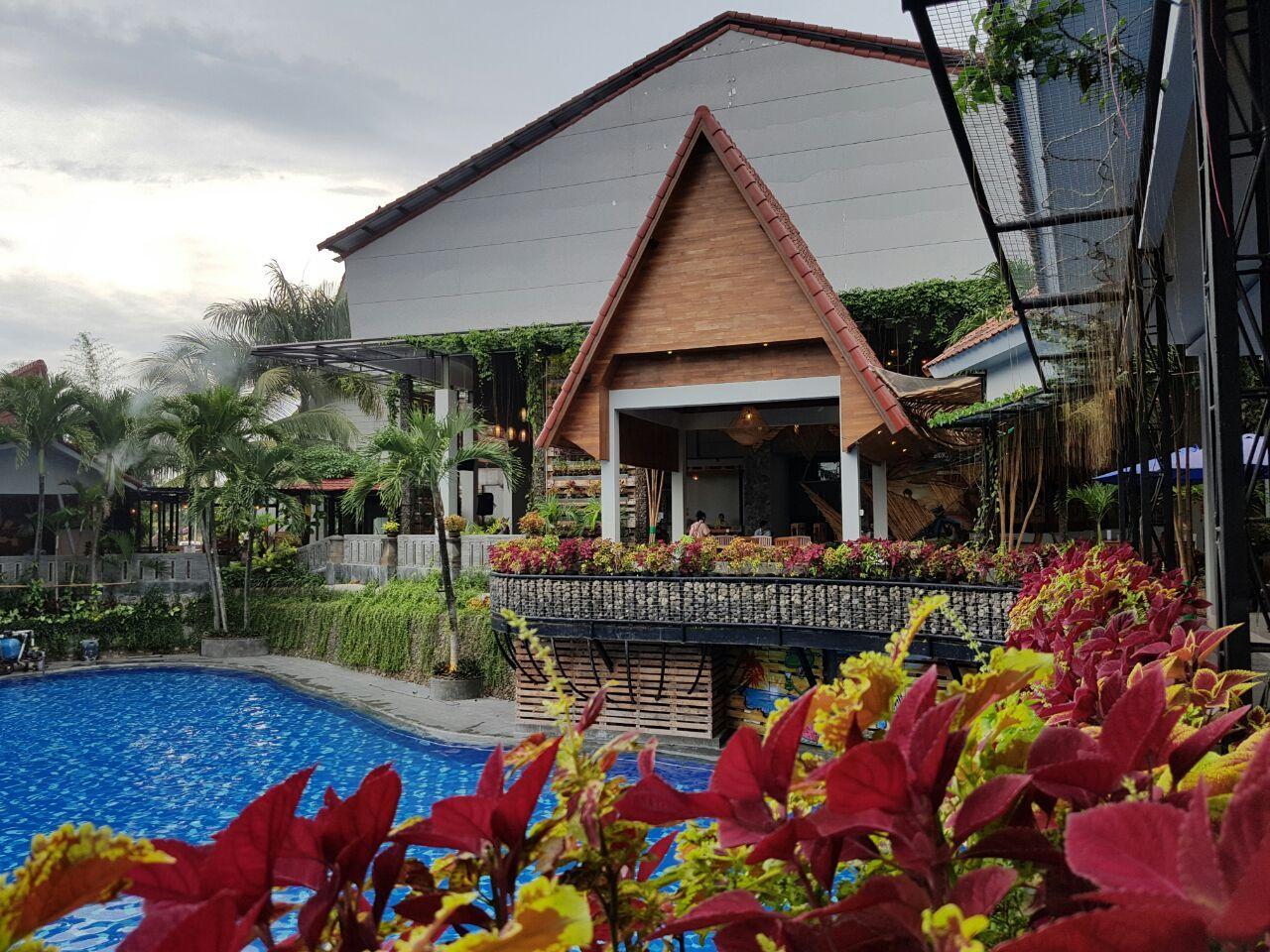 Bukit Daun Hotel & Resort, Kediri