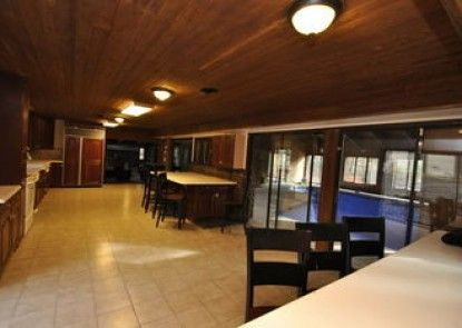 Bushkill Creek Lodge