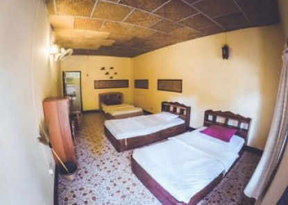 Buzza\'s Backpacker Pai - Hostel