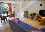 Pesan Kamar Kamar Loft, Dua Tempat Tidur Single di Byron Central Apartments