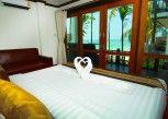 Pesan Kamar Deluxe Seaview Room di Cabana Lipe Beach Resort