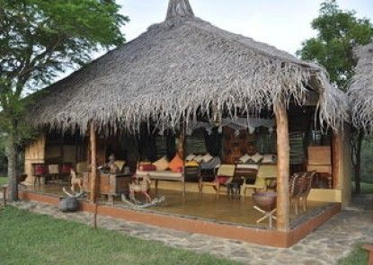 Cadjan Earth eco lodge