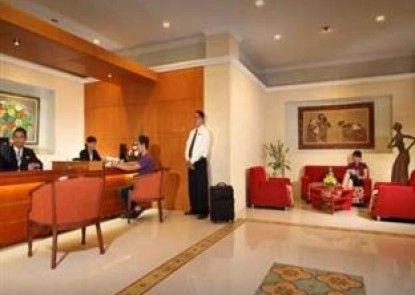 Cakra Kembang Hotel Lobby