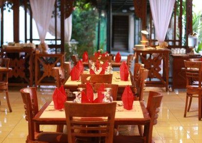 Cakra Kembang Hotel Teras