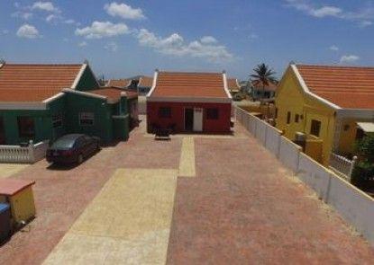 Calbas Plaza