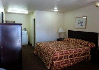 California Suites Motel