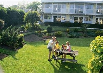 Camber Sands Holiday Park Teras