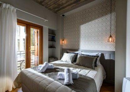 Candia Suites & Rooms