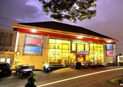 Candiview Hotel Semarang Teras