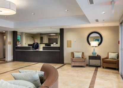 Candlewood Suites Calgary Airport North