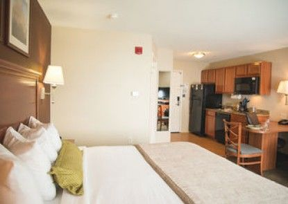 Candlewood Suites Loveland