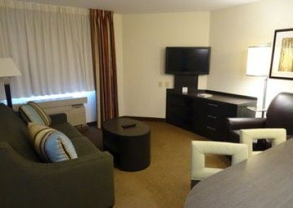 Candlewood Suites Wichita Airport