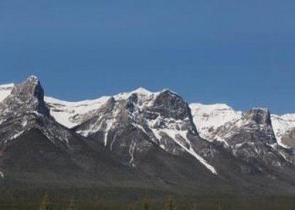 Canmore Rocky Mountain Inn