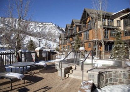 Capitol Peak Lodge, A Destination Residence