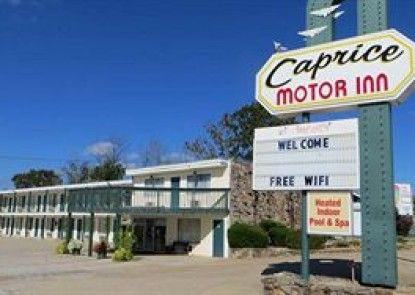 Caprice Motor Inn Teras