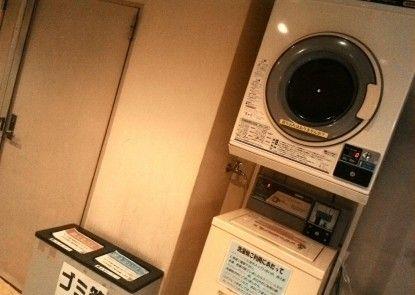 Capsule Land Yushima - Caters to Men