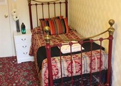 Caravel Guest House
