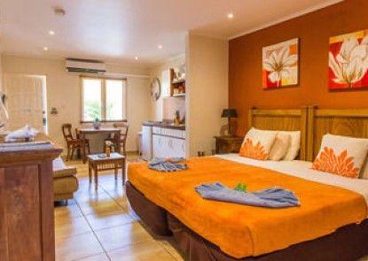 Cariñas Studio Apartments