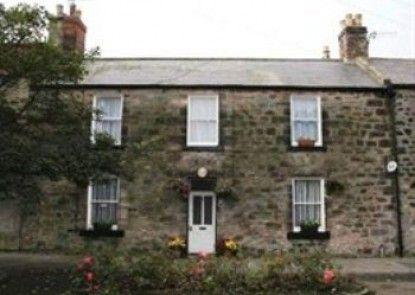 Caroline House Teras