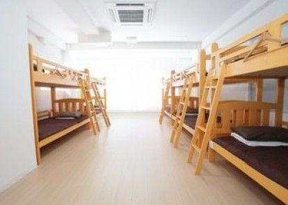 Casa Blanca Guesthouse - Hostel