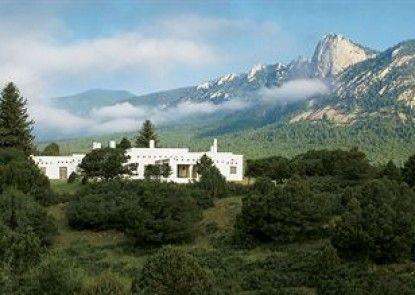 Casa del Gavilan Historic Inn