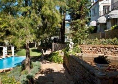 Casa Vela Guest House