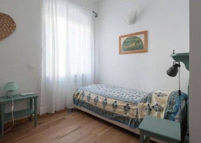 Case Vacanze Lerici - Collina