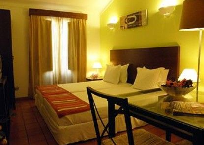 Castilho Guesthouse - Adults Only