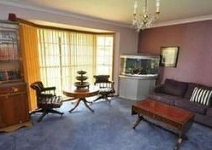 Castle Hill 60A Gil Furnished Apartment