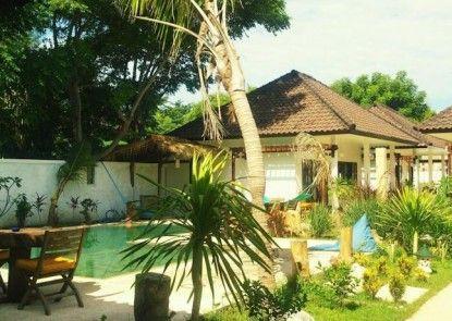 Casus Dream Hotel Kolam Renang